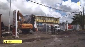 Par mesure de sécurité, le local a dû être entièrement détruit... (Photo Martinique-1ère)